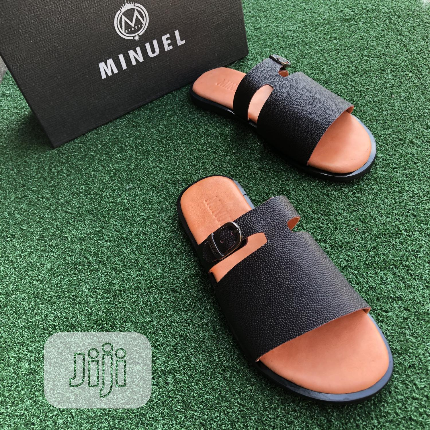 Black Cover Palm With Side Buckle   Shoes for sale in Mushin, Lagos State, Nigeria
