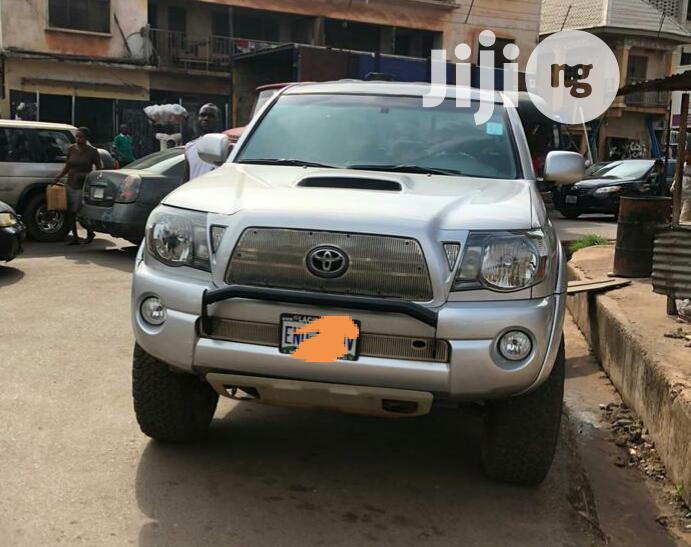 Archive: Toyota Tacoma 2009 Double Cab V6 Automatic Silver