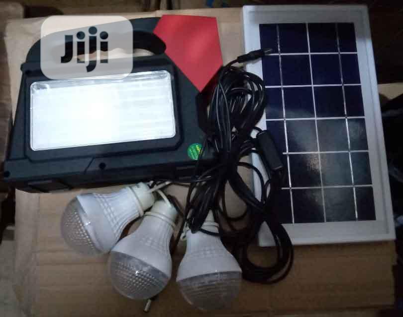 Solar Lamp With 3 Bulb