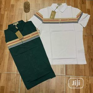 Quality Burberry Coller Neg T-shirt   Clothing for sale in Lagos State, Surulere