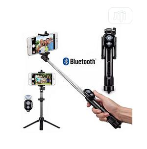 Phone Tripod Stand & Selfie Stick With Bluetooth Shutter.   Accessories for Mobile Phones & Tablets for sale in Rivers State, Port-Harcourt
