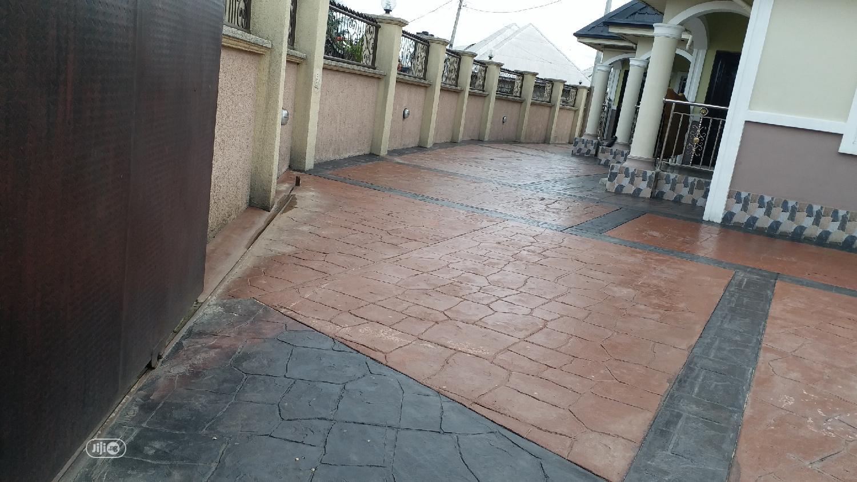 For Sale: 3 Bedrms Flat 1 Bedroom Flat Off 4 Lanes in Uyo | Houses & Apartments For Sale for sale in Uyo, Akwa Ibom State, Nigeria