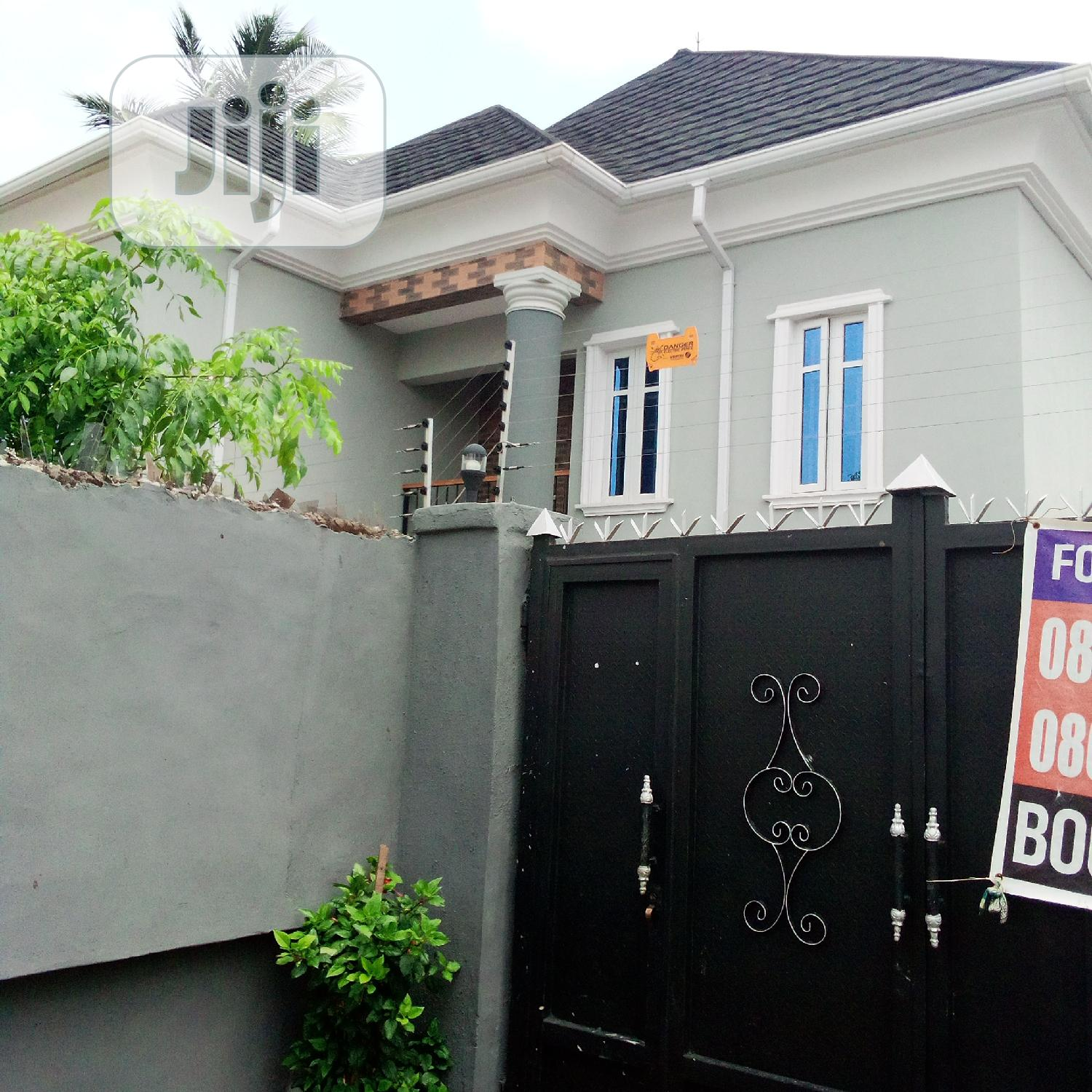 A Well Finished 3 Bedroom Duplex In Gowon Estate