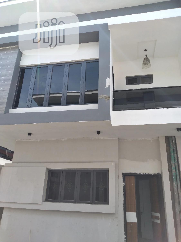 5bdrm Duplex in Lekki for sale