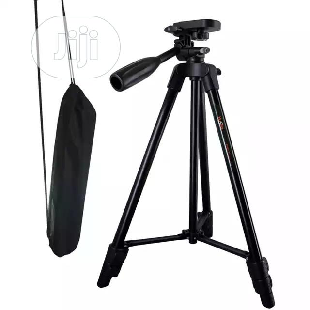 Mobile Phone And Digital Camera Tripod With Remote   Accessories & Supplies for Electronics for sale in Ajah, Lagos State, Nigeria