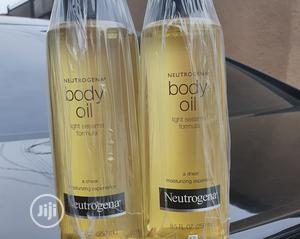 Neutrogena Body Oil 250ml | Bath & Body for sale in Lagos State, Oshodi
