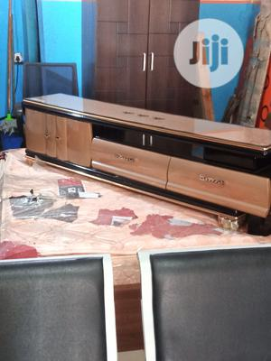 Quality Adjustable Tv Stand With Glass Top | Furniture for sale in Lagos State, Ikoyi