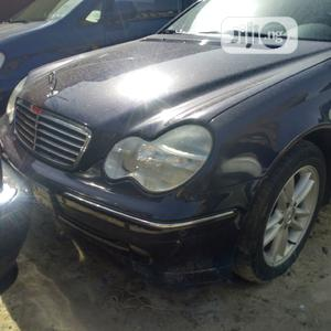 Mercedes-Benz C200 2002 Blue | Cars for sale in Lagos State, Amuwo-Odofin