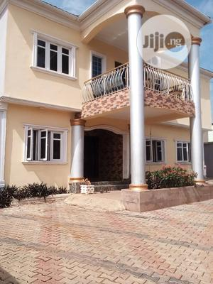 Lovely 3 Bedroom Flat for Rent in an Estate at Aboru | Houses & Apartments For Rent for sale in Lagos State, Alimosho