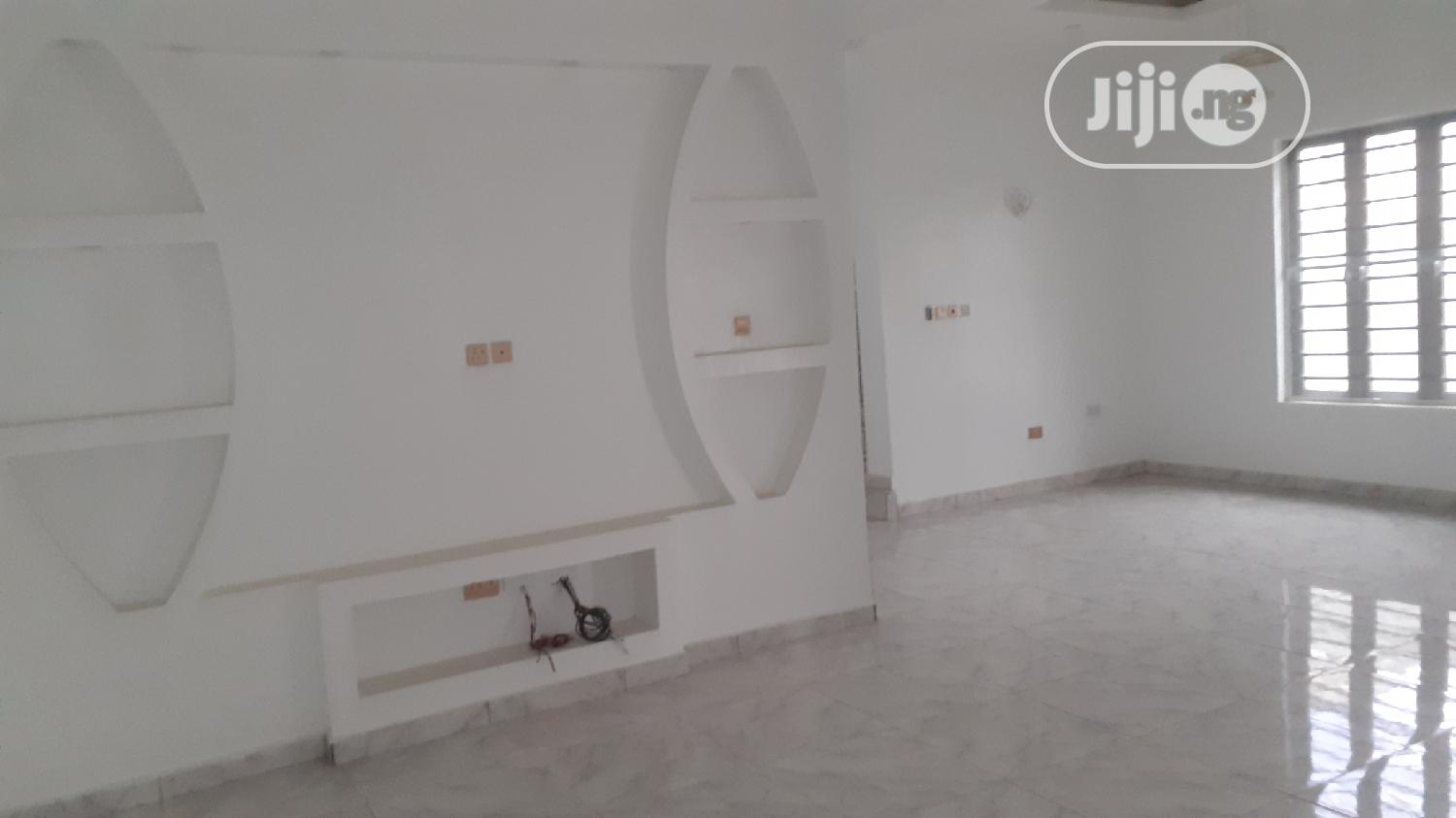 Brown New 5 BEDROOM DUPLEX With A Bq Inside Ikota Villa Estate | Houses & Apartments For Rent for sale in Lekki, Lagos State, Nigeria