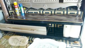 Quality Adjustable Tv Stand With Glass Top | Furniture for sale in Lagos State, Ojo
