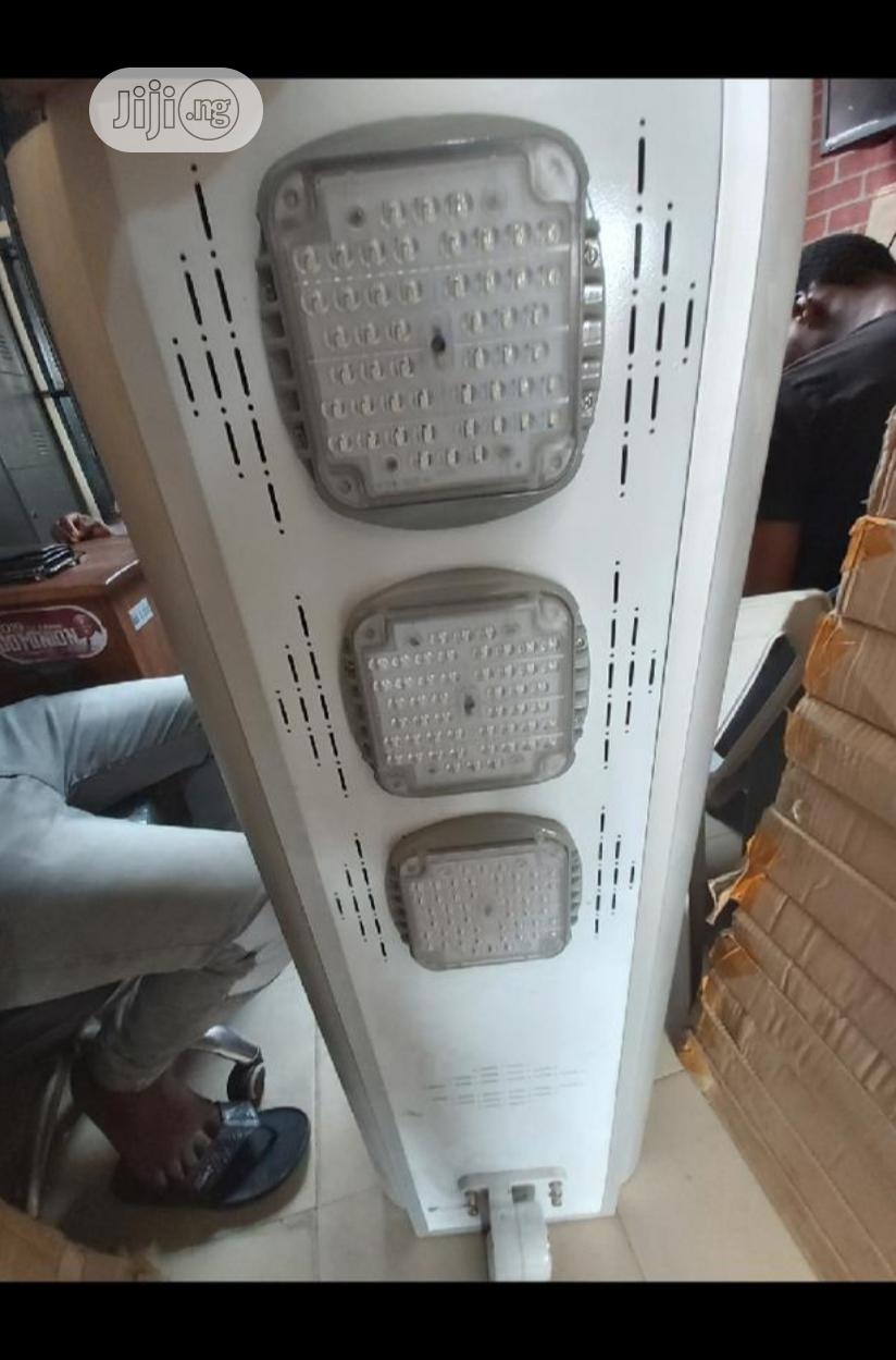 100watts All In One Solar Street Light | Solar Energy for sale in Ojo, Lagos State, Nigeria