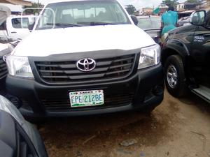 Toyota Hilux 2014 SR 4x4 White | Cars for sale in Lagos State, Kosofe