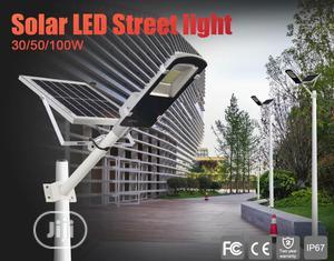 Solar Powered Streetlight And Floodlight 20w, 30w,60w, 100w, 120w&200W   Solar Energy for sale in Lagos State, Amuwo-Odofin