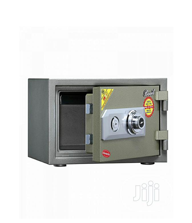 Brand New Imported Fire 🔥 Proof Safe With Security Numbers And Key's