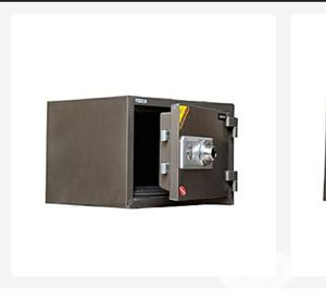 Brand New Imported Fire Proof Safe With Security Numbers And Key's | Safetywear & Equipment for sale in Lagos State, Maryland