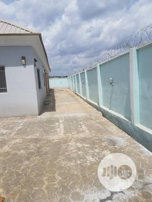 Three Bedroom Flat Apartment Within J Akobo | Houses & Apartments For Rent for sale in Oyo State, Ibadan
