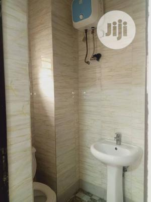 Executive 4 Bedrooms Flat All Ensuite | Houses & Apartments For Rent for sale in Lagos State, Ogba