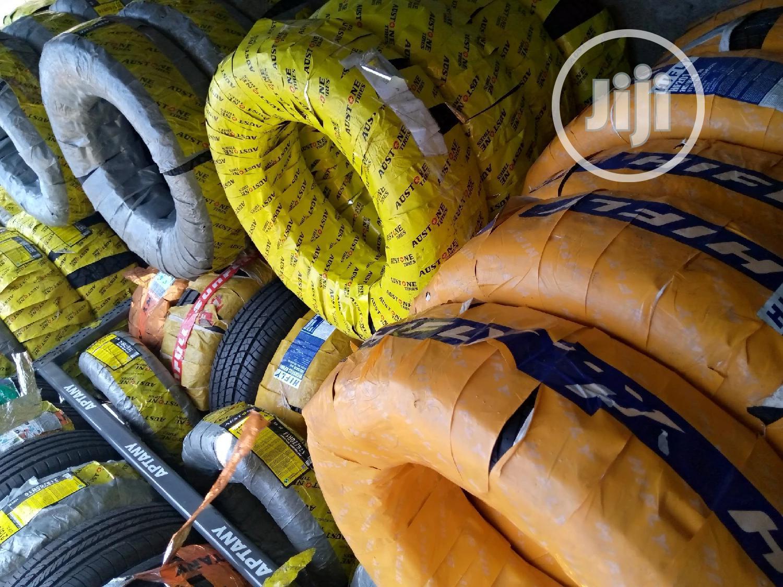 Austone, Michelin, Bridgestone, Dunlop Car and Jeep Tyre