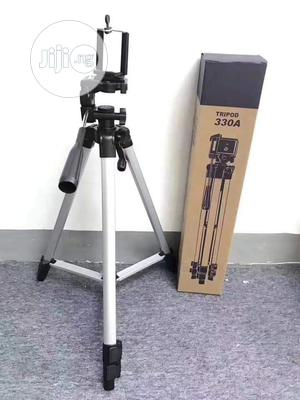 Camera and Phone Tripod Stand 5ft Total Height | Accessories & Supplies for Electronics for sale in Lagos State, Ikeja