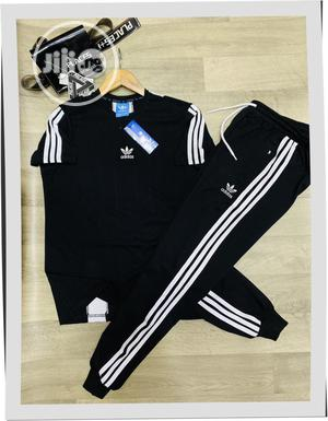Adidas T-Shirt With Matching Tracksuit | Clothing for sale in Lagos State, Surulere