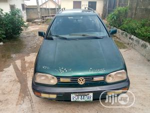 Volkswagen Golf 1999 2.0 Green   Cars for sale in Abuja (FCT) State, Karu