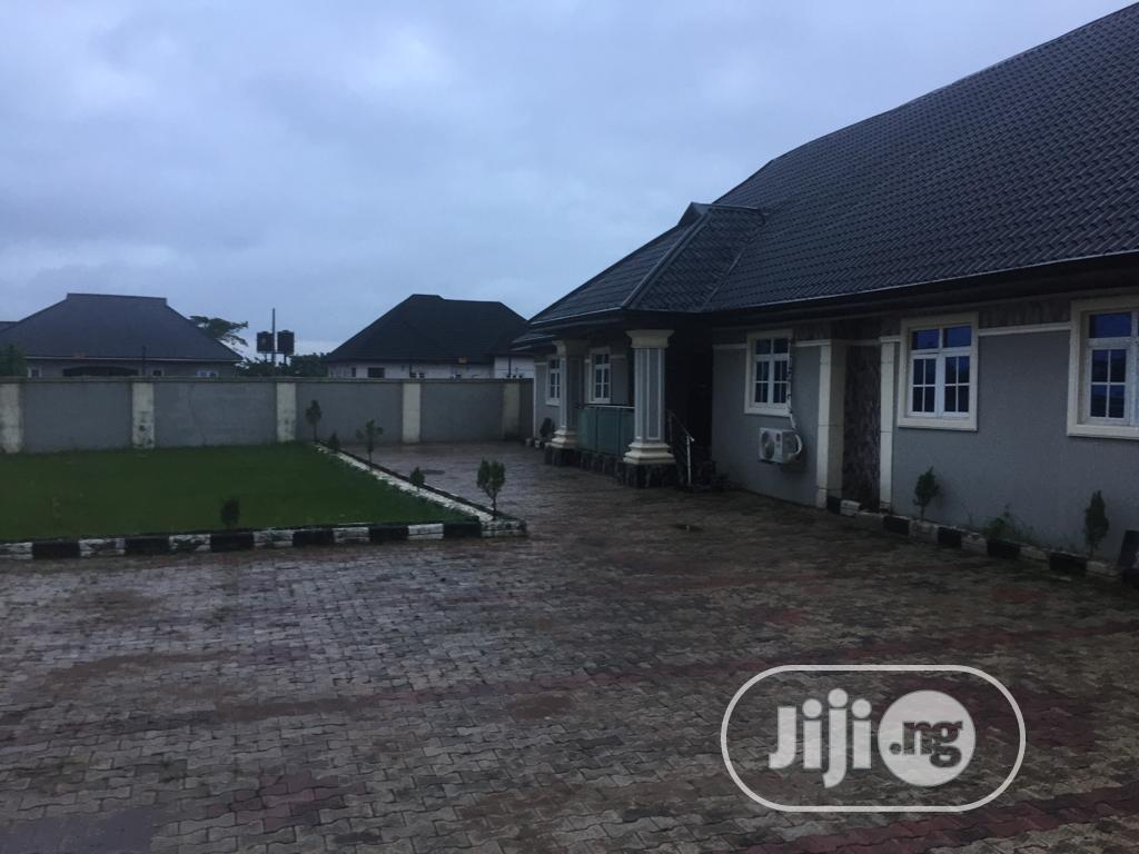6bdrm Apartment in Benin City for Sale