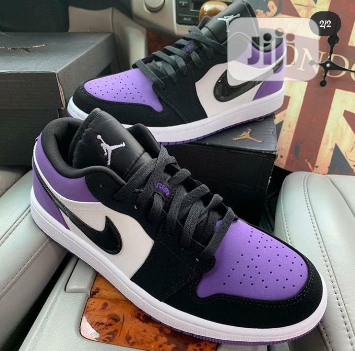Air Jordan 1 Low (Court Purple)