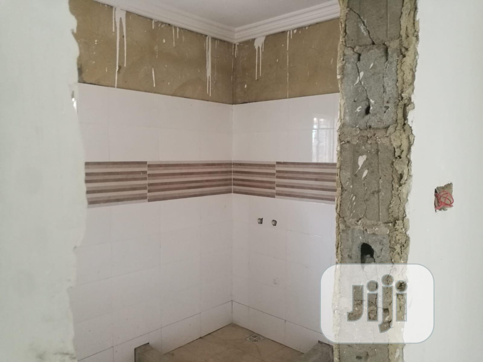 Archive: Clean 5 Bedroom Duplex For Sale
