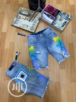 OFF-WHITE Short Jeans for Men   Clothing for sale in Lagos State, Magodo