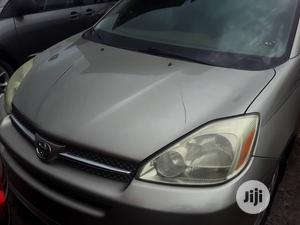 Toyota Sienna 2005 Gold | Cars for sale in Lagos State, Apapa