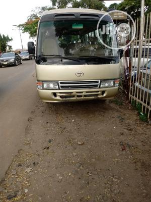 Clean Toyota Coaster 2010 Beige   Buses & Microbuses for sale in Lagos State, Isolo