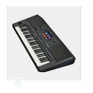 Keyboard Psr-S900 | Musical Instruments & Gear for sale in Lagos State, Ojo