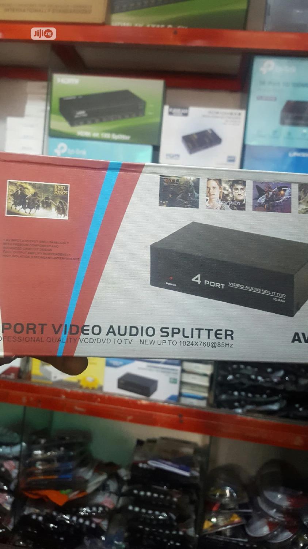 4 Port Av Splitter.