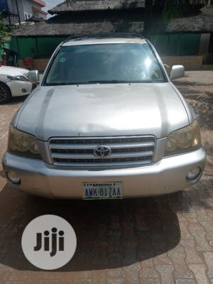 Toyota Highlander 2004 Limited V6 4x4 Gold | Cars for sale in Anambra State, Awka
