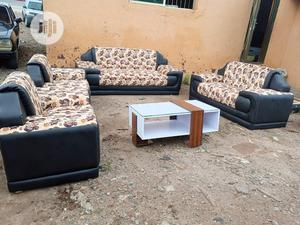 Set Of 7 Seaters Sofa Chairs With Table - Quality Couches | Furniture for sale in Lagos State, Ikorodu