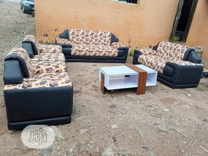 Set Of 7 Seaters Sofa Chairs With Table. Quality Couches | Furniture for sale in Lagos State, Yaba