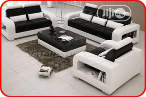 Complete Set Of 7 Seater Sofa With Center Table - White and Black   Furniture for sale in Lagos State, Agege