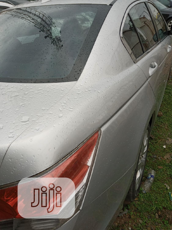 Archive: Honda Accord 2010 Silver