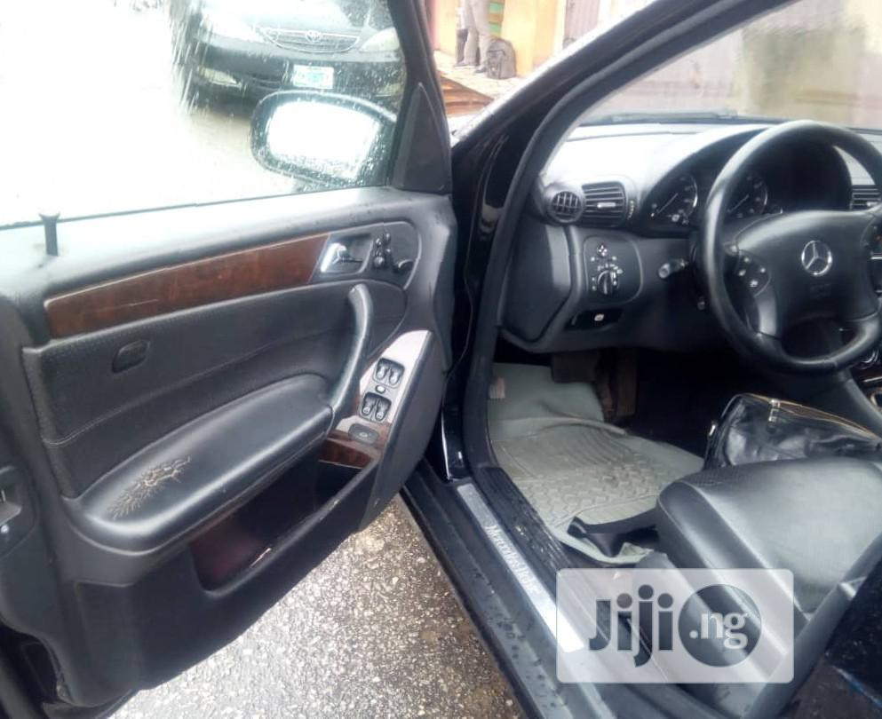Archive: Mercedes-Benz C240 2005 Black