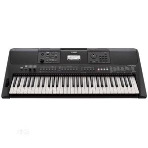 Brand New Yamaha PSR E463 Professional Keyboard 61 Keys   Musical Instruments & Gear for sale in Lagos State, Ikeja