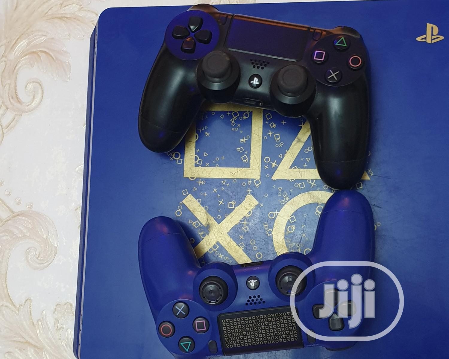 Archive: Ps4 Slim 1TB Blue Edition