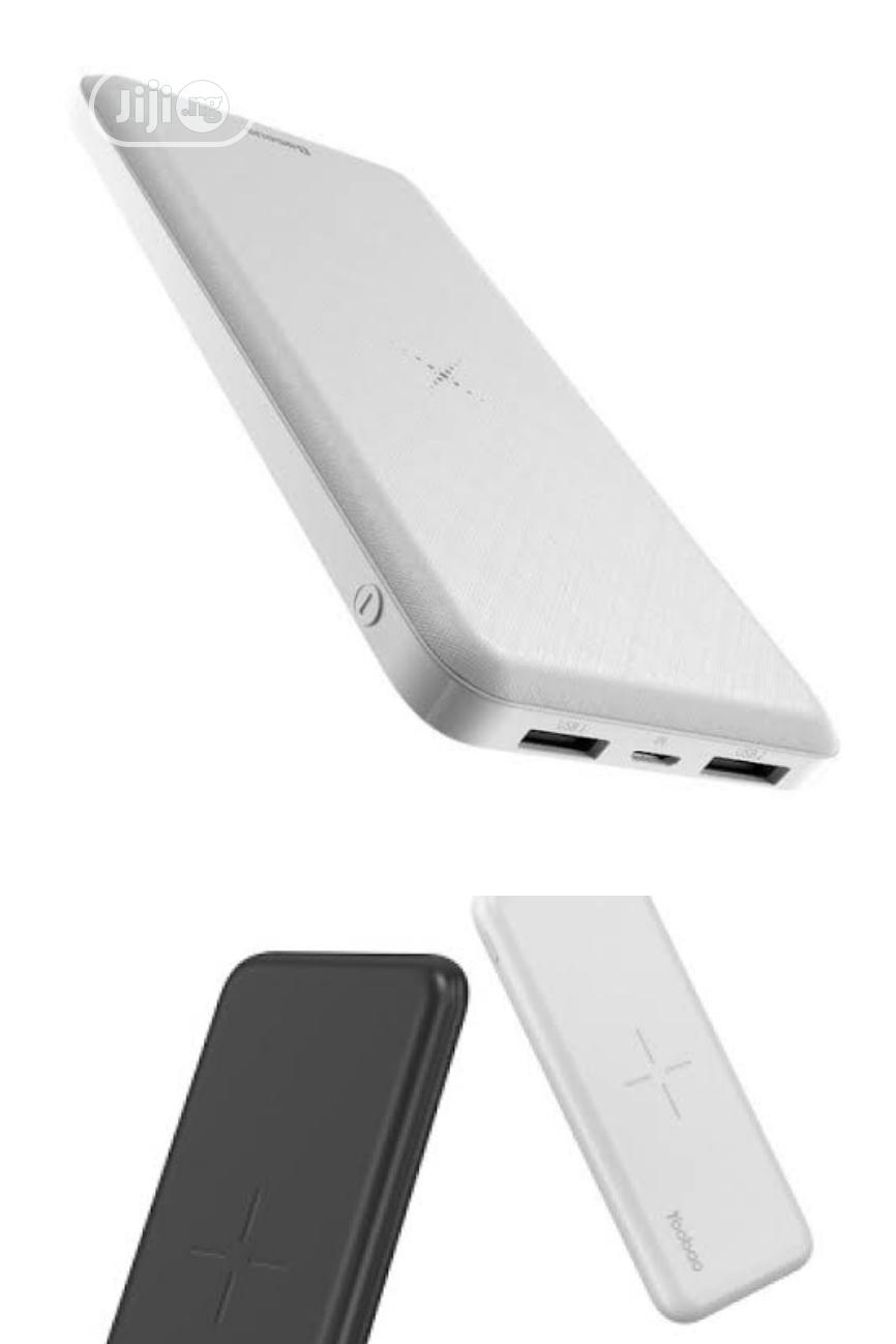Yoobao 10000mah Wireless, Potable And Tireless Power Bank
