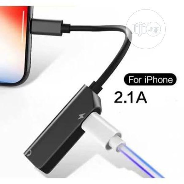 Pisen 2-In-1 Zinc Alloy (Charging, Music, Lightning + 3.5mm