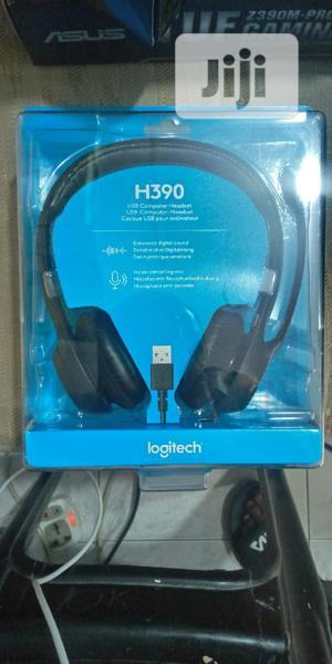 H390 USB Headset With Noise-cancelling Mic | Headphones for sale in Lagos State, Ikeja