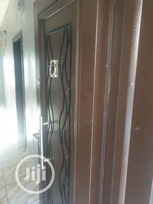 Very Nice Mini Flat In Surulere 300k X 2years   Houses & Apartments For Rent for sale in Lagos State, Surulere