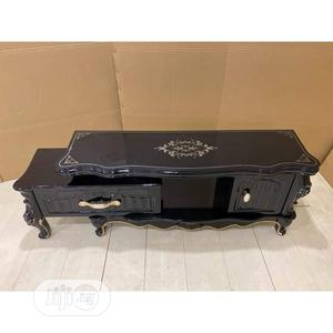 Royal Tv Stand With Glass Top And Wooden Drawers | Furniture for sale in Lagos State, Ojo