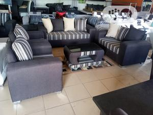 Set of 7 Seaters Sofa Chairs With Table. Fabrics Couche | Furniture for sale in Lagos State, Ojo