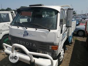 Toyota Dyna 200 Conversion Blue | Trucks & Trailers for sale in Lagos State, Apapa