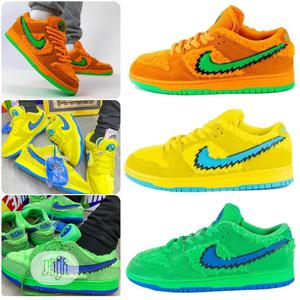 Nike Sb Dunk Low Gra Teful Dead Bears Sneakers Original | Shoes for sale in Lagos State, Surulere